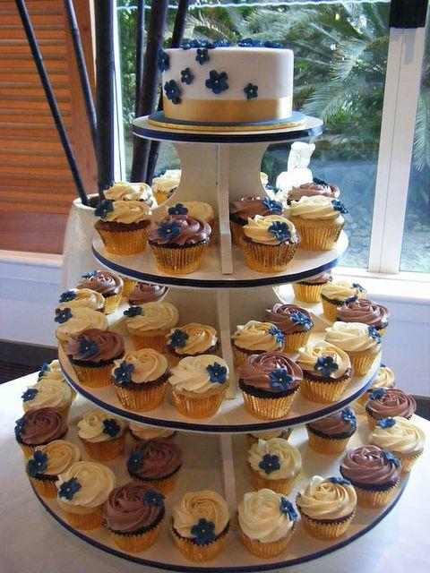 Wedding Cupcakes by Miss Kate Cupcake, via Flickr