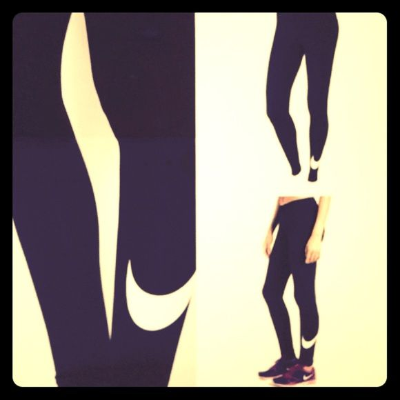 Leggings amp; Purple Swoosh Nike With Legging Side Turquoise Nike q04OpSRw