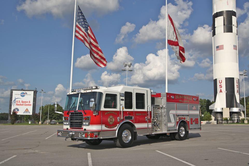Huntsville Al Custom Pumper Engine 15 (unit 3) *Predator