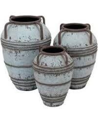 """Résultat de recherche d'images pour """"amphora vase and garden chin"""""""