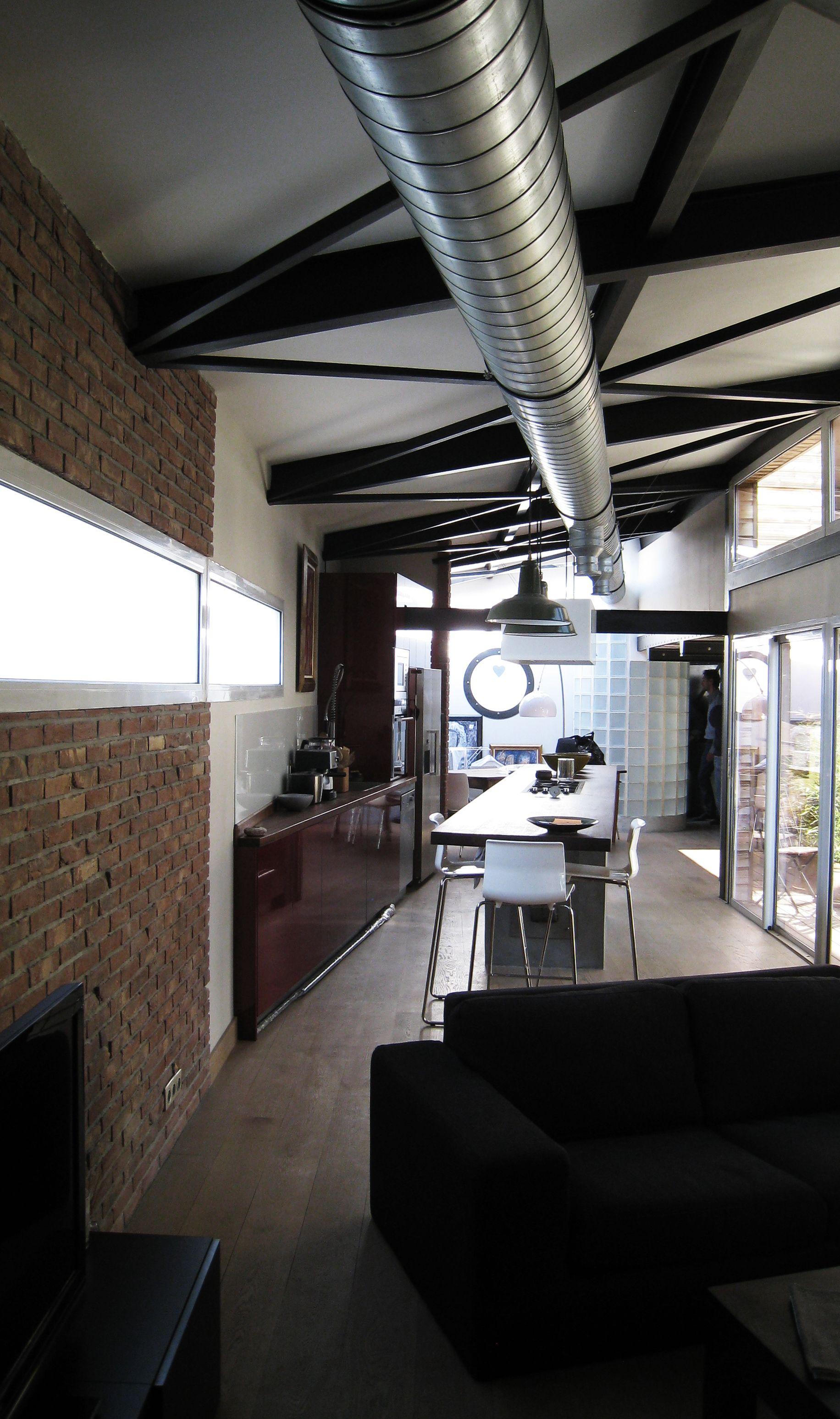 perspective de ce loft trait tout en longueur philippe ponceblanc architecte d 39 int rieur. Black Bedroom Furniture Sets. Home Design Ideas