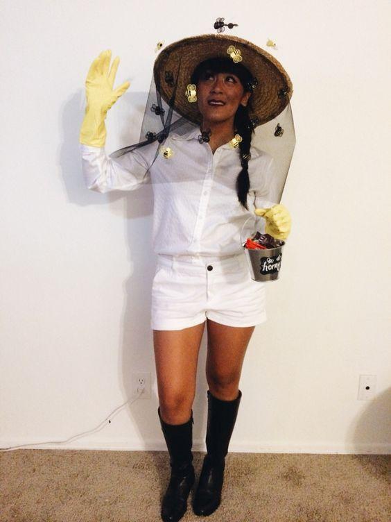 DIY Bee Keeper Halloween Costume Idea | DIY Halloween Costume Ideas ...