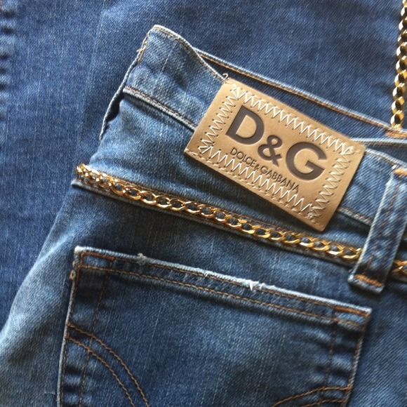 5c7f627e523c9f New D amp G DOLCE  amp  GABBANA Gold Chain Jeans 40 Brand new without tags