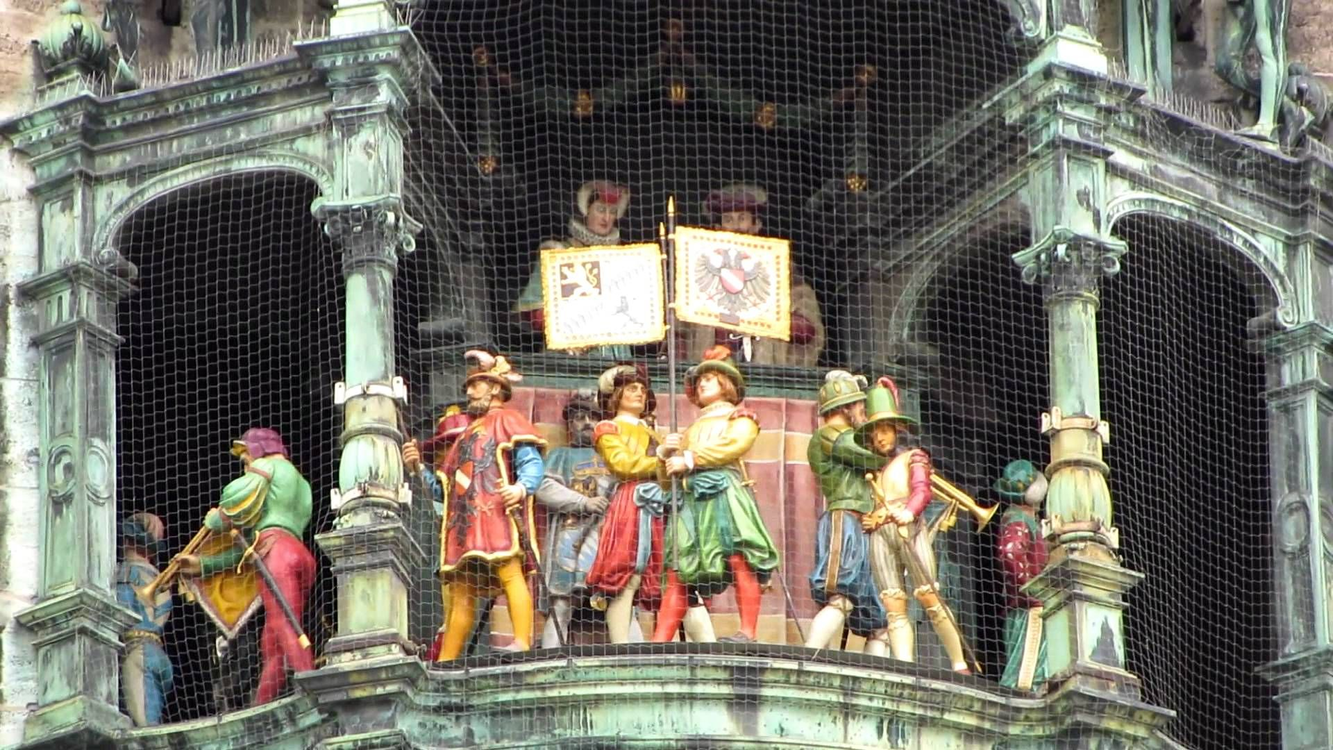 Munchen Rathaus Glockenspiel Glockenspiel Germany Painting