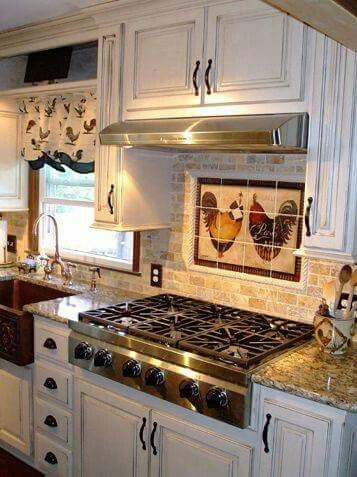 Pin By Nancy Roberts On Kitchens Rooster Kitchen Decor Chicken Kitchen Decor Country Kitchen Designs