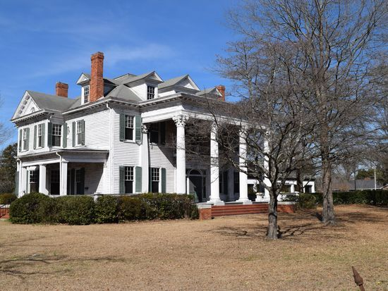 308 S Main St, Red Springs, NC 28377 | Zillow | old places