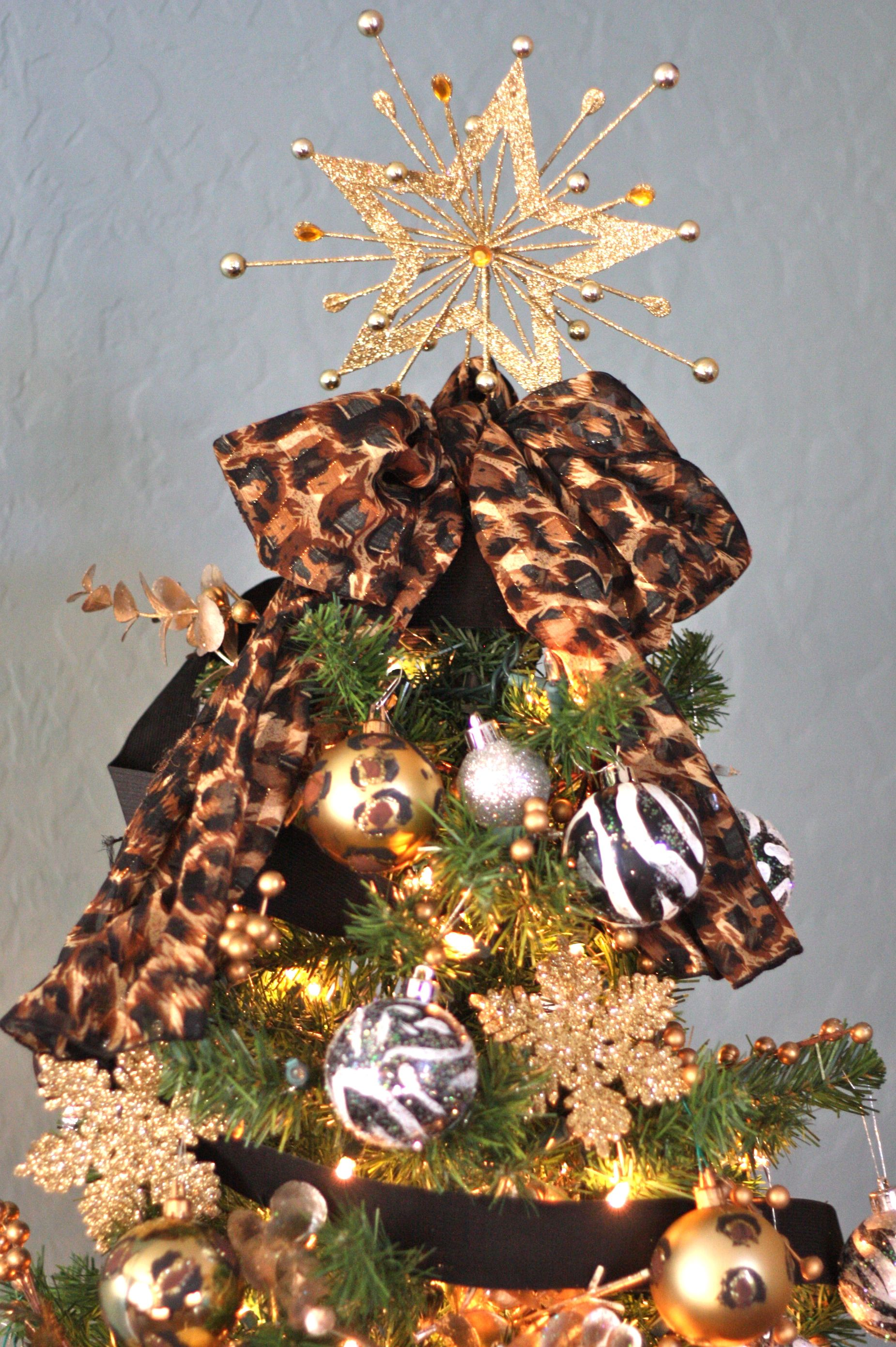 leopard christmas decorations. Black Bedroom Furniture Sets. Home Design Ideas