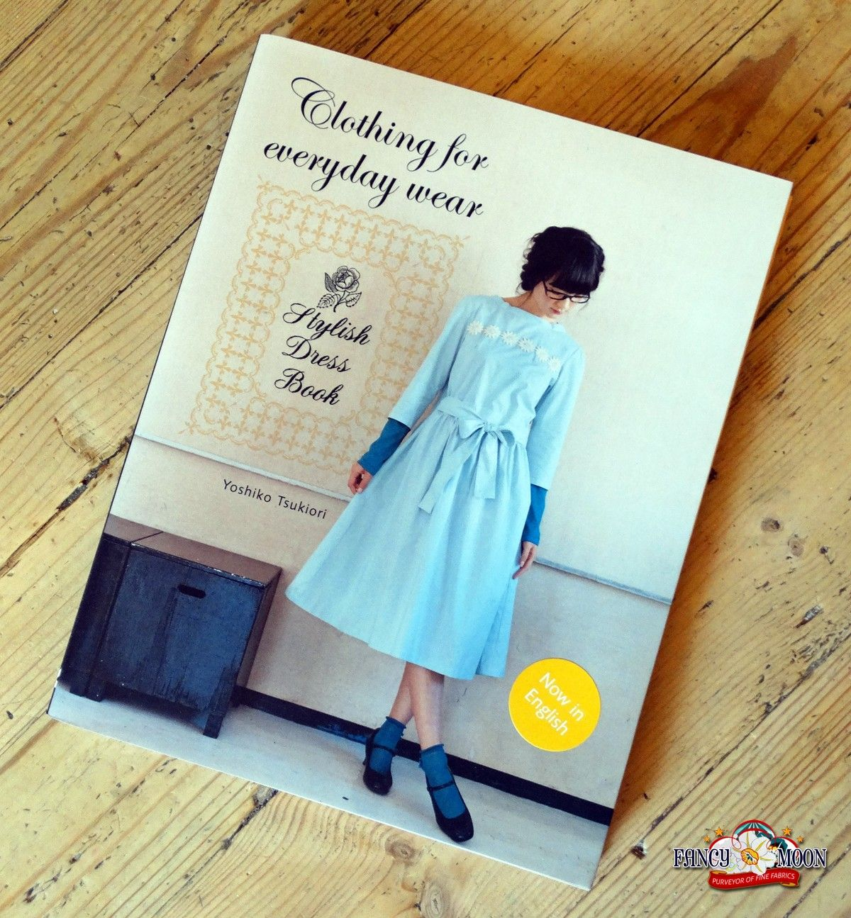 Fashion style Dress stylish book everyday for woman