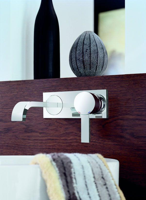 Bathroom Faucets  Find All about bathroom vanities  designs ideas   cabinets  tiles  accessories  mirrors  furniture  suites  lighting  sinks   remodeling. Moderne wastafelkraan uit de wand   Grohe   Badkamerkranen en