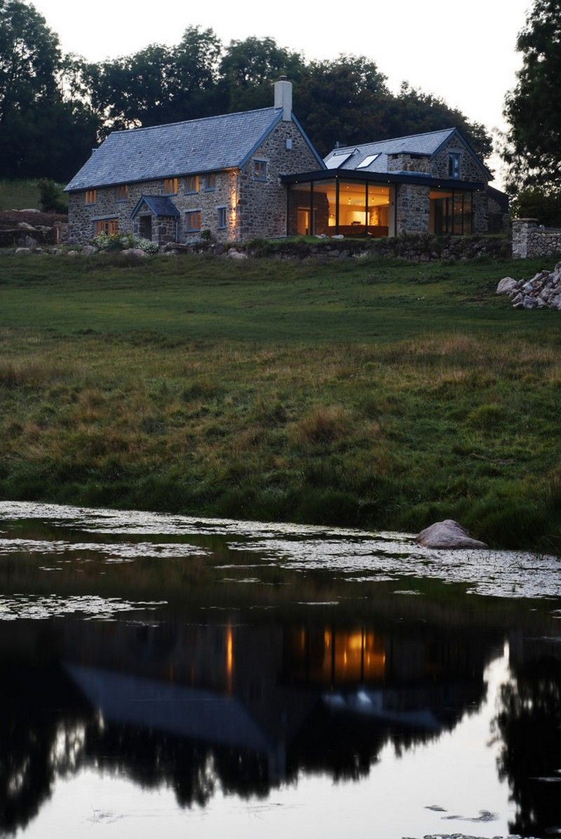 Farmhouse With Mix Of Glass And Stone Usual House Old Stone Houses Modern Farmhouse Exterior House Designs Ireland