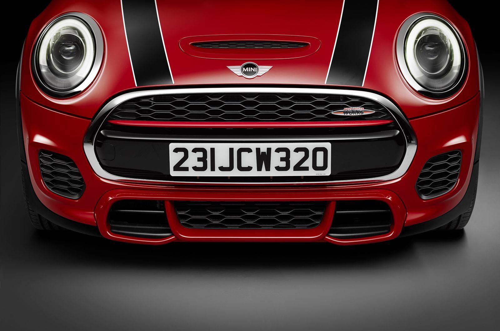 Bayersiche Motoren Werke F56 Mini Cooper S JCW 2015