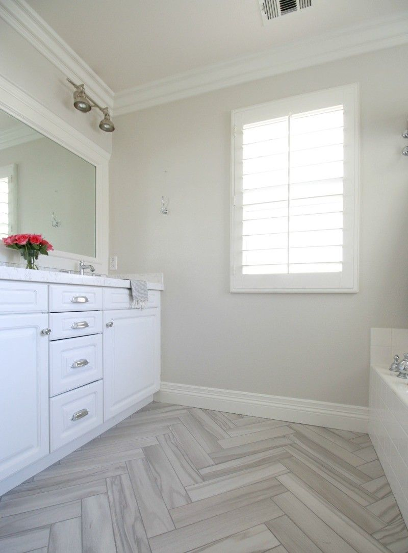 athoughtfulplaceblog.com - white bathroom, Victoria Quartz, Benj ...