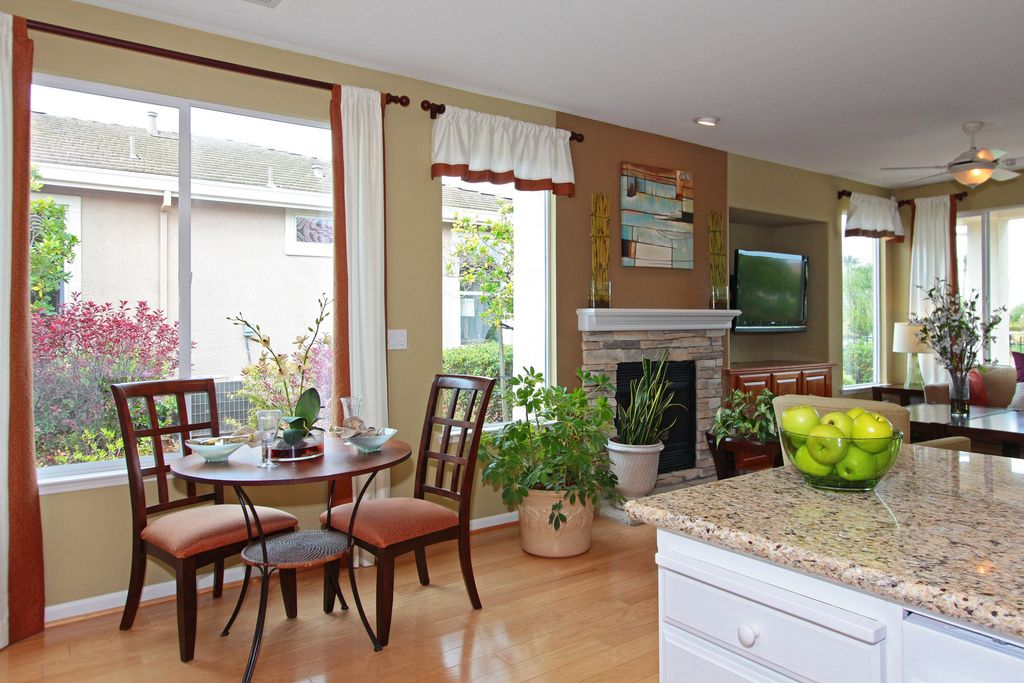 Enjoy Breakfast With A View In This Trilogy At Rio Vita Breakfast Nook Rio Vista Home Energy Efficient Homes