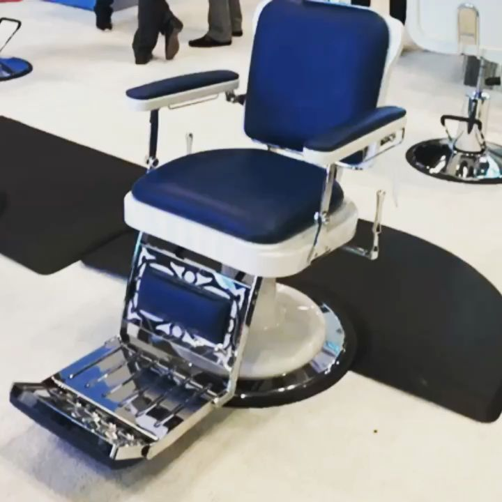 Check out this handsome devil! The Master Barber Chair by one of our favorite companies @pibbsindustries The quality and design is incredible! Check out our selection of these fine quality chairs at Source1Beauty.com 💈💇♂️ @iecsc @modernbarbermag @thebarberpost