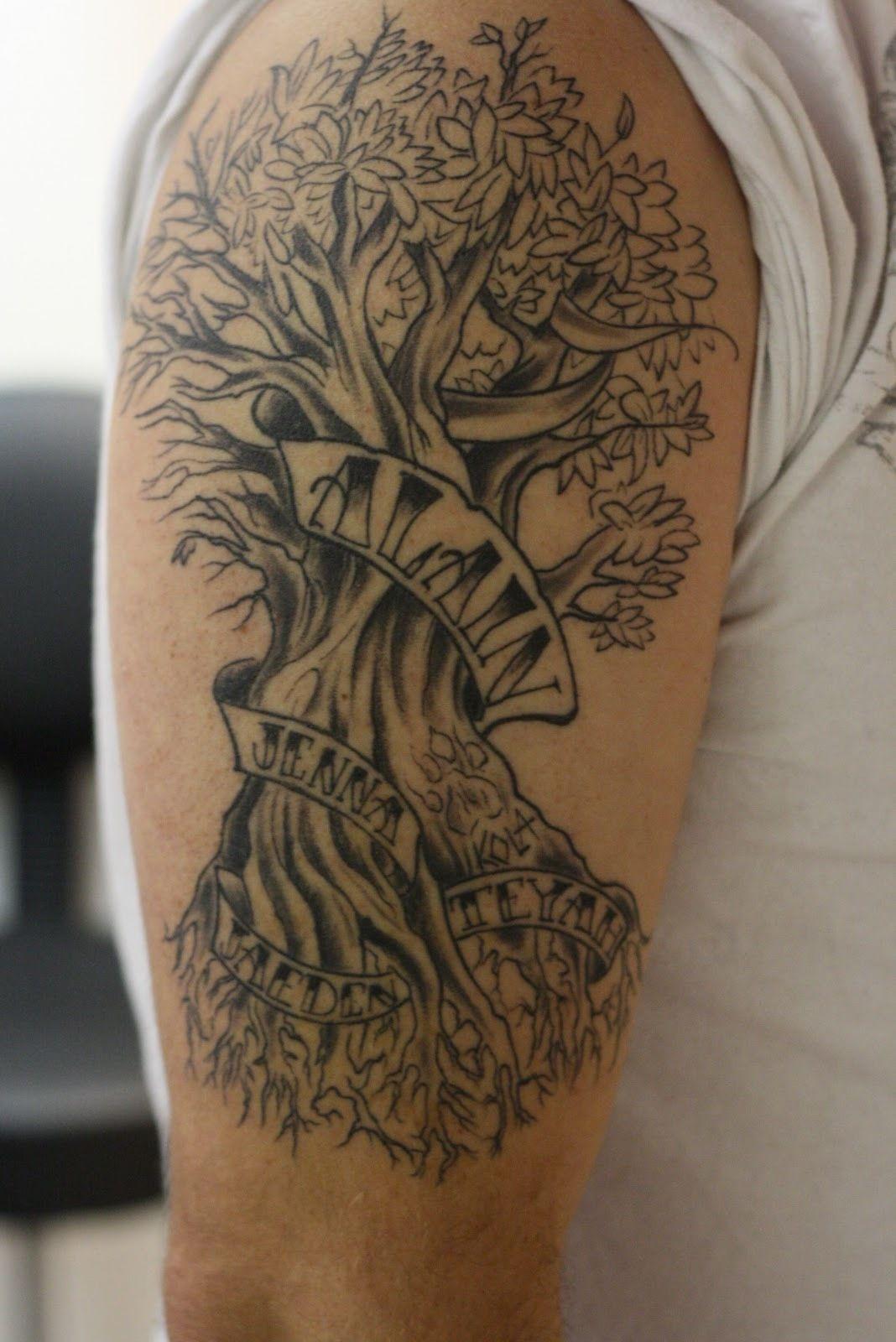tattoo spirit 50 ideen f r lebensbaum tattoo lebensbaum tattoo lebensbaum und tattoo spirit. Black Bedroom Furniture Sets. Home Design Ideas
