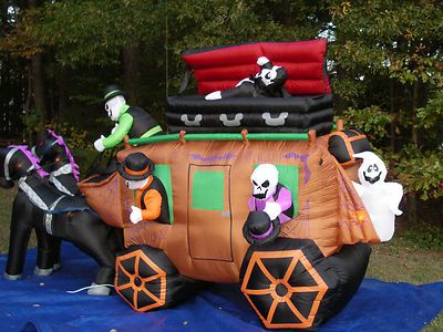 gemmy over 13u0027 animated haunted stagecoach halloween airblown inflatable blow up ebay