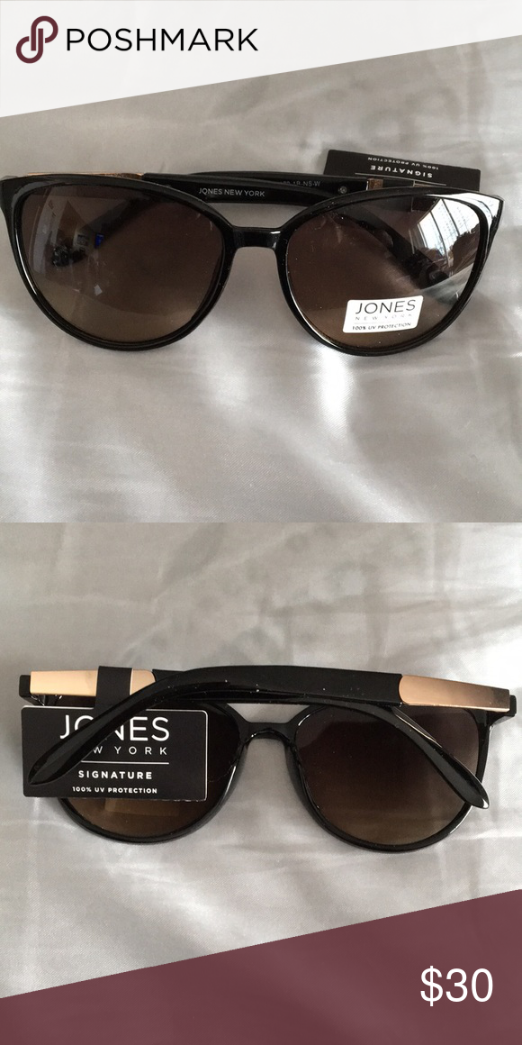 f2df26fa2cde39 New Jones NY Cat's Eye Black Sunglasses Gold accen Beautiful sunglasses  with Gold accent on handles