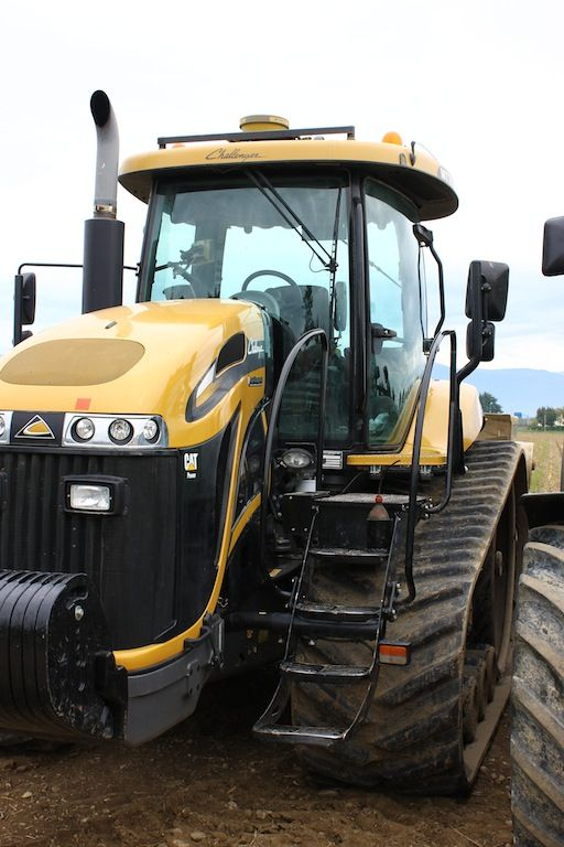 The #plowing festival 2013: history of #farm machines. #Caterpillar #Challenger #tractor
