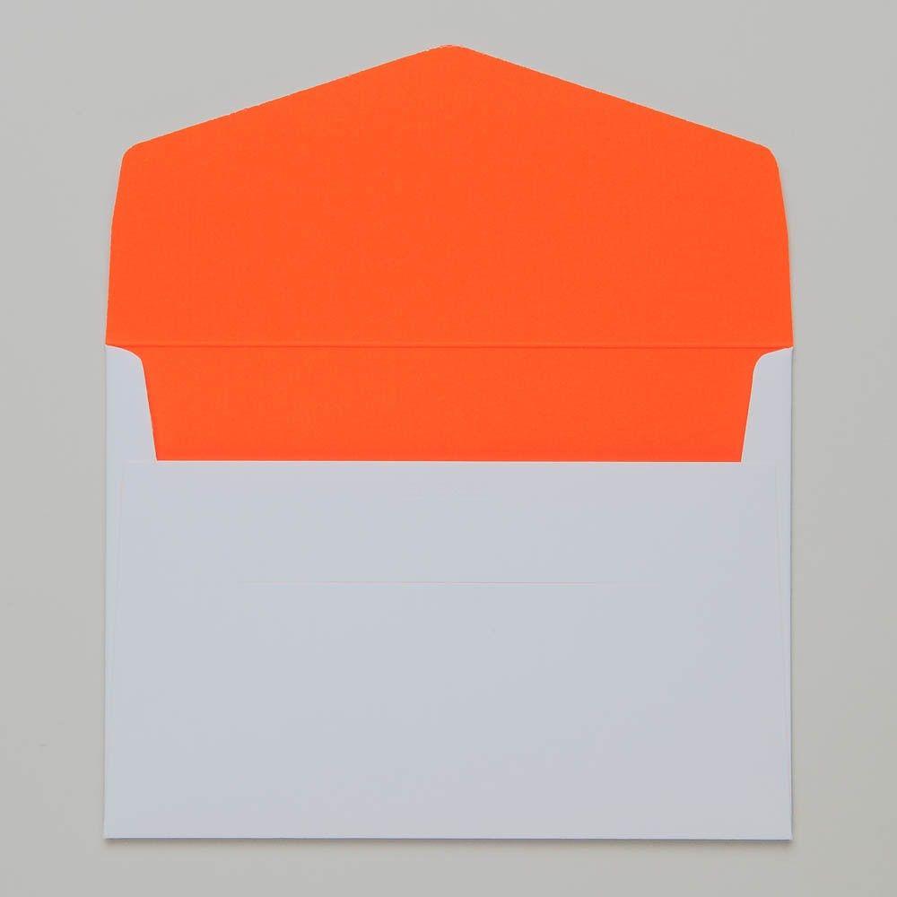 le typographe Umschlag weiss / innen neon orange