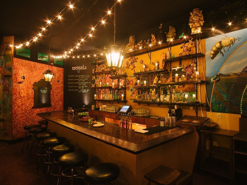 Three Bars To Check Out This Weekend In Los Angeles Weekend In Los Angeles Bar Cool Restaurant