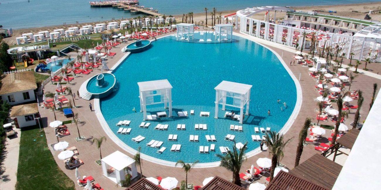 Sezon De Vara 2018 La Mare Pe Litoral In Antalya Belek La Hotel Selectum Luxury Resort De 5 Stele Din Turcia Luxury Resort Antalya Belek