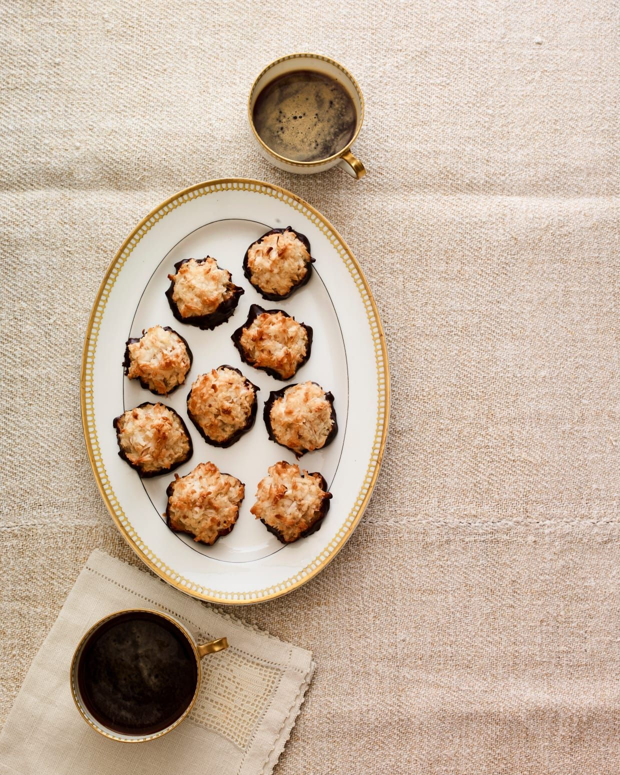 Coconut macaroons recipe coconut macaroons pesach