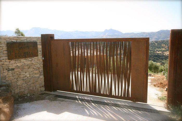 Puerta jardin original acero corten jardin pinterest - Puertas para jardin ...