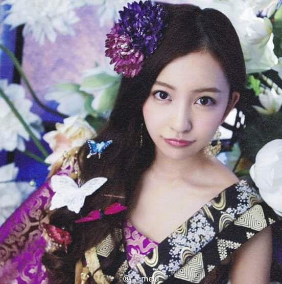 Itano Tomomi AKB48 (板野 友美