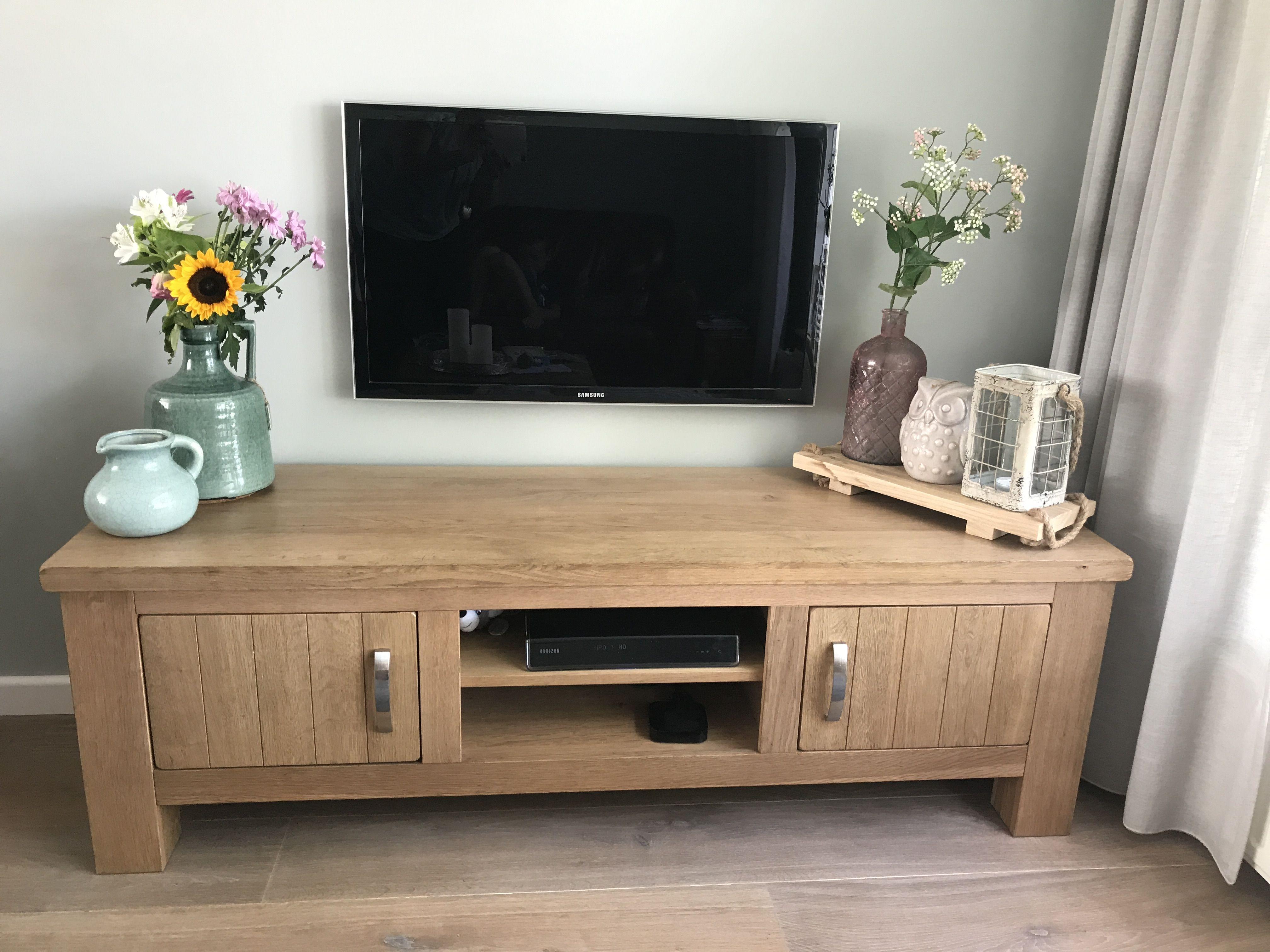 Gerookt Eiken Meubels : Woonkamer televisie aan de muur tv meubel gerookt eiken wand f b