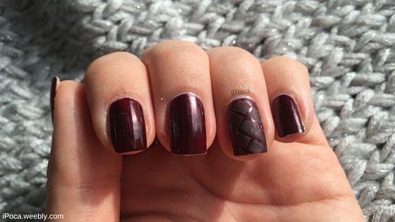 simple bordeaux nail art design