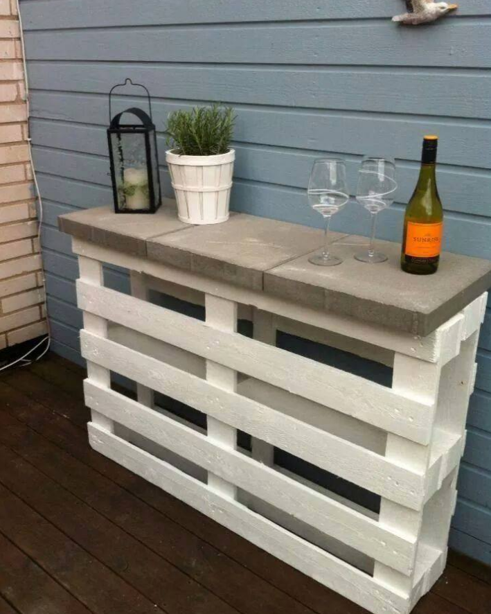 bar aus paletten selber bauen diy ideen und anleitungen gartenparty pinterest bar aus. Black Bedroom Furniture Sets. Home Design Ideas