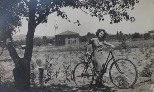 bisiklete binelim
