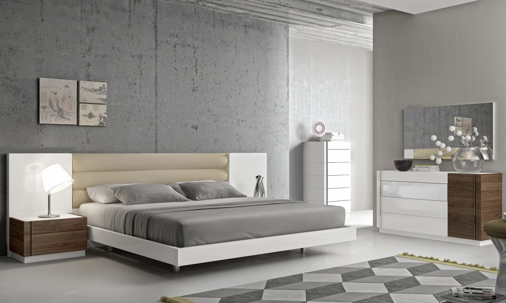 Fashionable Leather Modern Design Bed Set With Long Panels Click