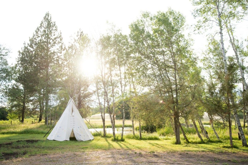 Kelseigh + Dustin | Sky Ridge Ranch Wedding via Rocky Mountain Bride