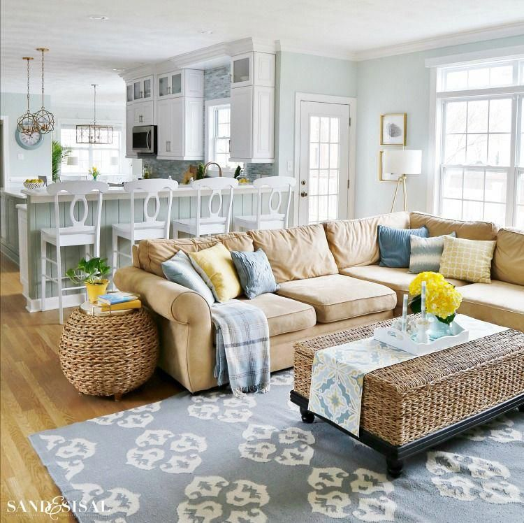 Spring Family Room and Kitchen Tour images