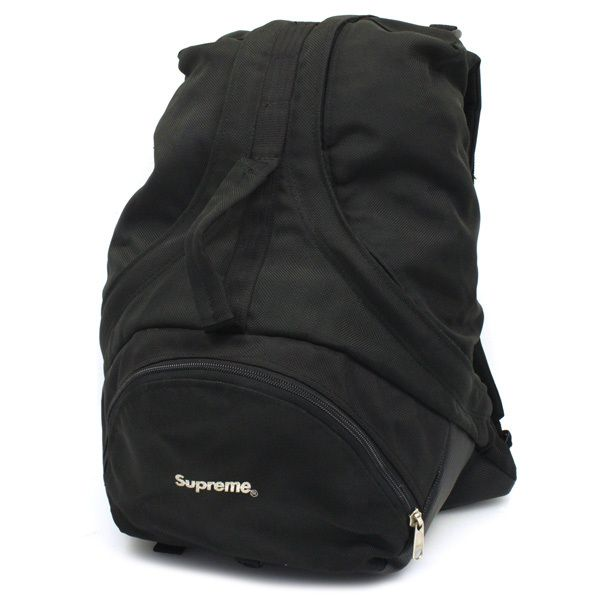 b74f4c11d7b9 theleftist  .supreme  8th backpack  early 2000s