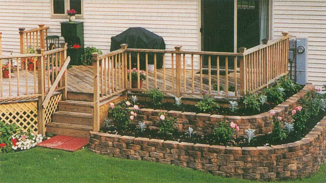 Building A Raised Garden Bed with legs For Your Plants #flowerbeds
