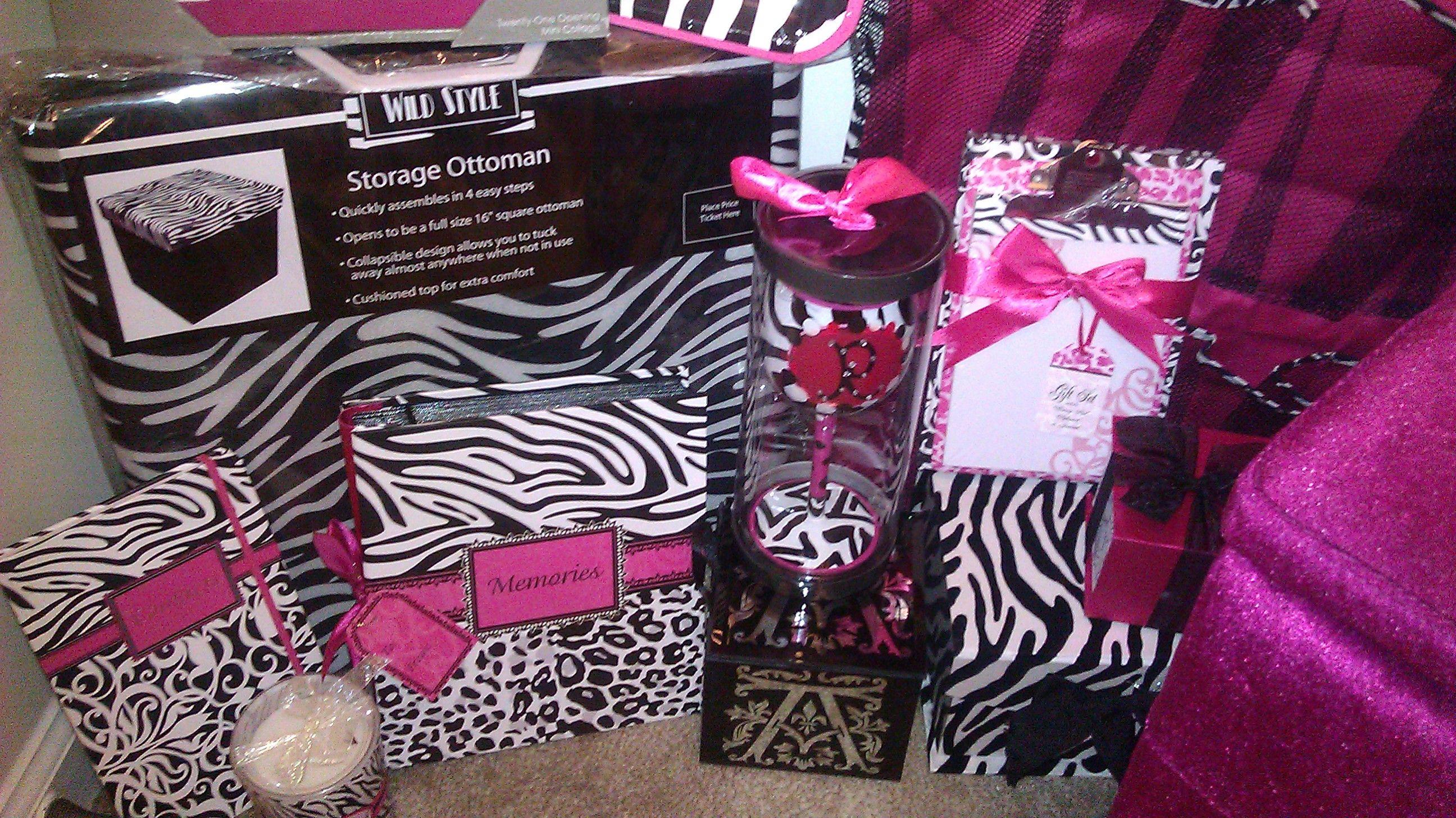 Zebra Bedroom Accessories Ideas