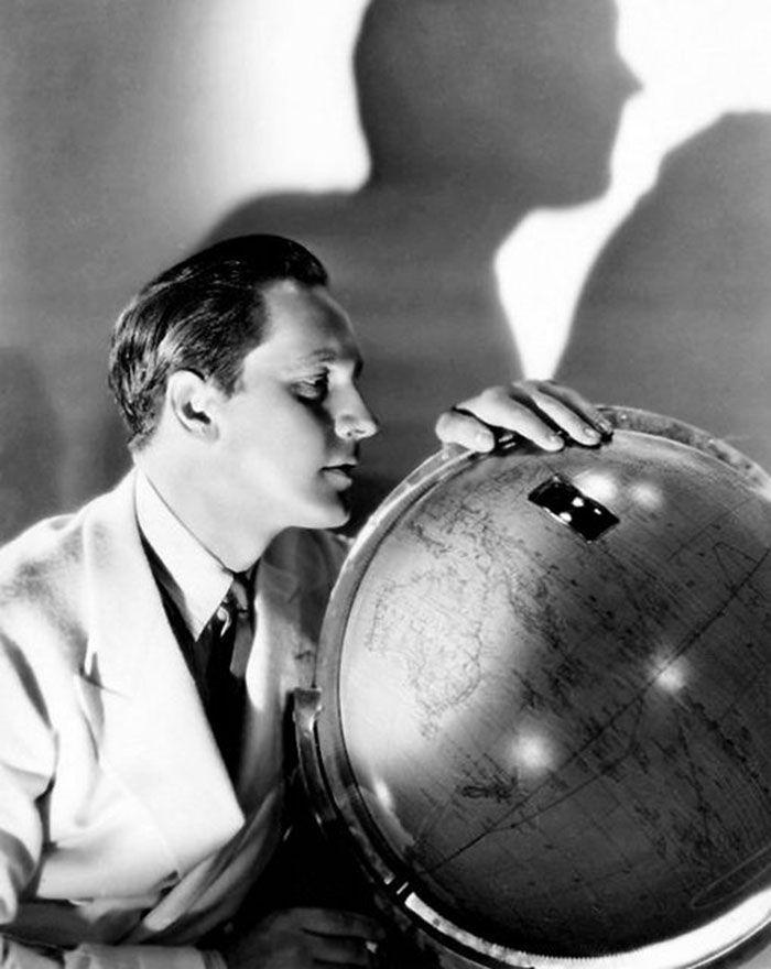 Fredric March, 1932