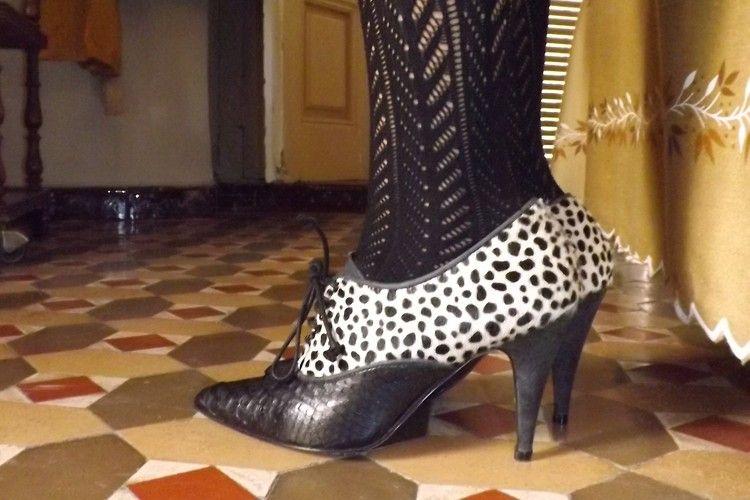 Pithon shoes