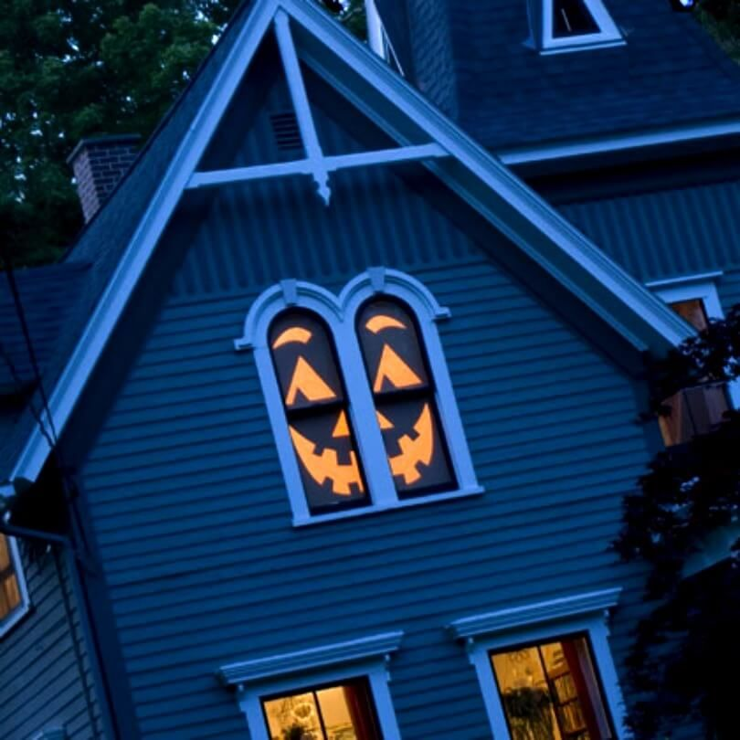 These Halloween Hacks Are Going To Make Your House The