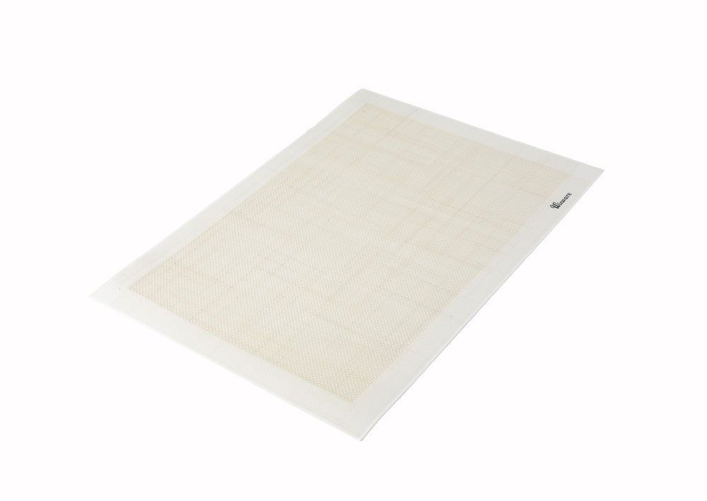 Winco Square Silicone Baking Mat 11 7 8 X 16 1 2 Inch Details Can Be Found At Baking Accessories Silicone Baking Mat Baking Mat Baking Accessories