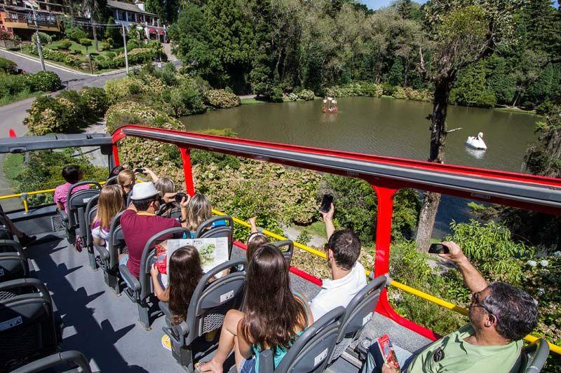 BusTour Gramado e Canela: Ônibus turístico na Serra Gaúcha | Gramado e  canela, O turista, Gramado