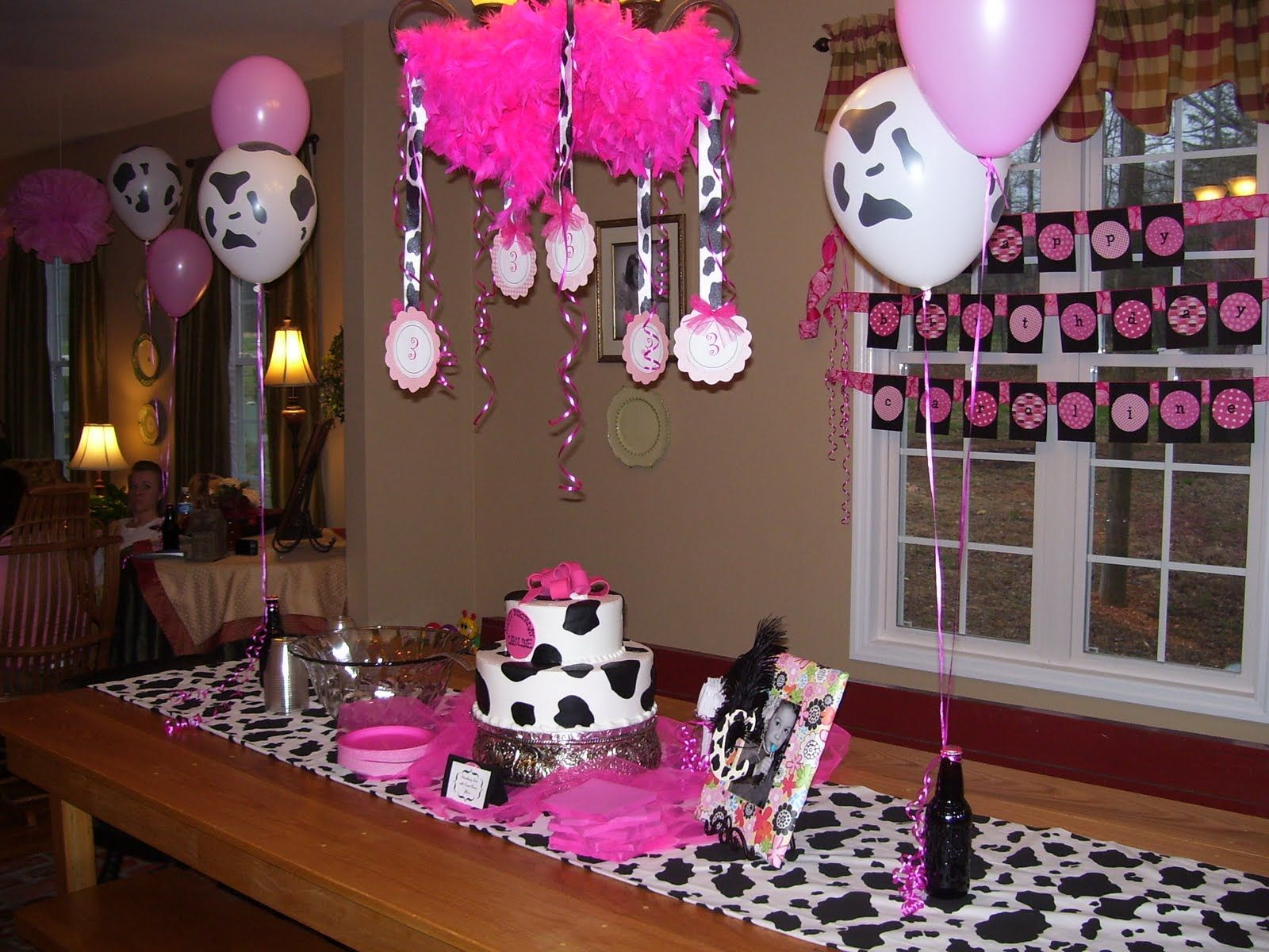 Cow Themed Birthday Party For Girls Caroline Had A Lot