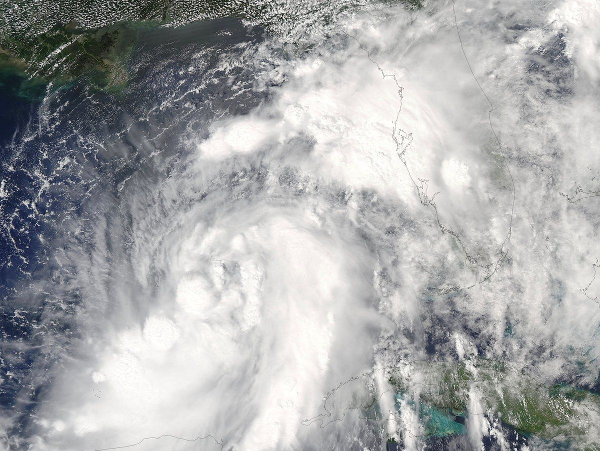 Espectacular imagen satelital de los huracanes Lester y Madeline sobre el Pacífico (NASA, 2016)