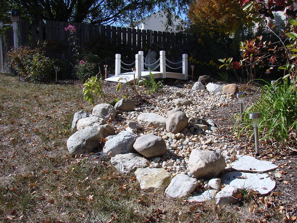 How to Build a Dry Stream Bed | Indiana Gardening Web ...