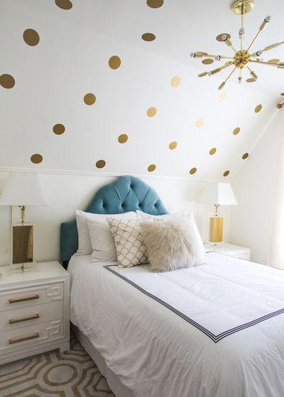 Klassisch modern Schlafzimmer by Lindye Galloway Design Coloured