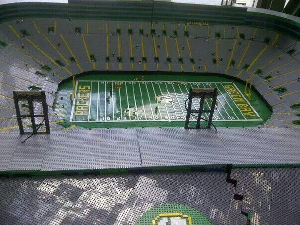 Packers stadium with Legos | Green Bay Packers | Pinterest | Legos ...