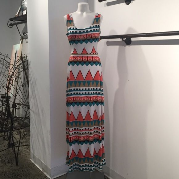 Tribal print maxi dress Tribal print maxi dress with cut out back Dresses Maxi