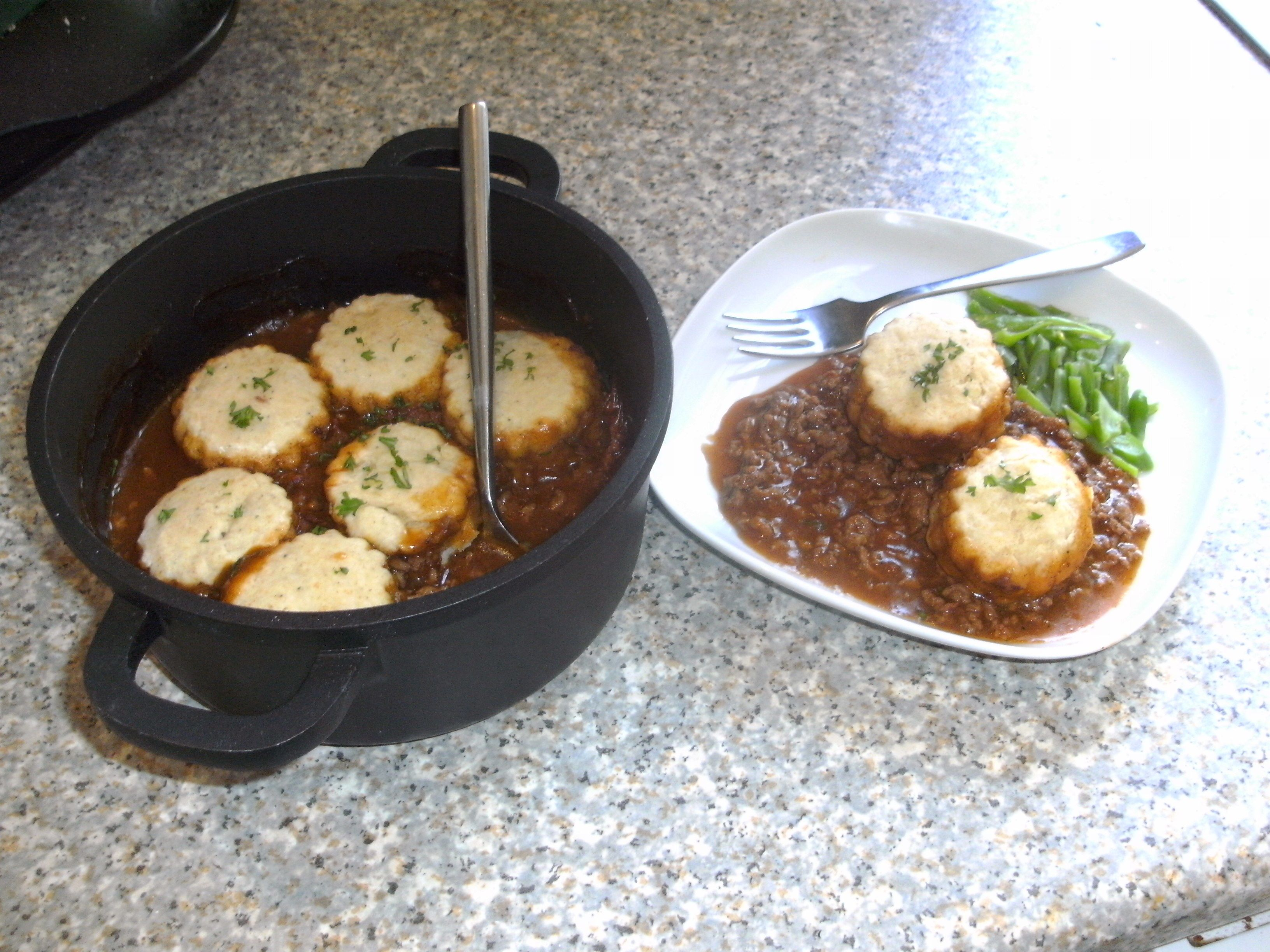Minced Beef Cobbler Http Allrecipes Co Uk Minced Beef Recipes Beef Cobbler Beef Soup Recipes